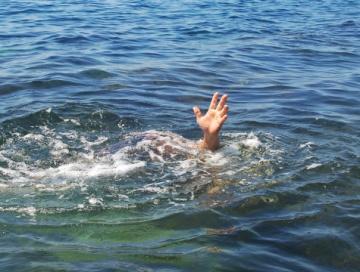drowning_2